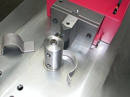 Bending pipe clamps with Stierli Bieger